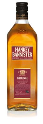 Hankey Bannister Original содержит высокий процент солодовых виски, дающих богатый, хорошо сбалансированный вкус с медовыми тонами Спейсайда. Это классический купаж цвета сливочного ириса с золотистым оттенком и легким ароматом пряностей, дающим дополнительную глубину. На вкус – лёгкий, изысканный купаж, тонкий, сладковатый и пряный, с приятным длительным послевкусием.