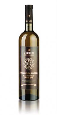 Белое полусладкое Вино соломенного цвета с сортовым ароматом, мягким, свежим, гармоничным вкусом.
