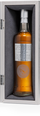 Whisky of saturated golden robe is shot with bronze and gives pleasure of vanilla oak flavor with a slight smoky and peaty hint. Carmel note entails a warm long-lasting sweetish aftertaste.