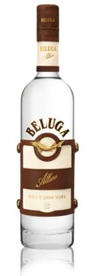 Beluga Allure – это лимитированная серия водки, вдохновленная многочисленными победами нашей команды по конному поло Russia's Beluga Polo Team  в крупнейших мировых чемпионатах. Этот напиток является олицетворением истинного аристократизма и благородства, свойственных этому королевскому виду спорта, граничащему с искусством.  Специальный рецепт, разработанный для этой серии, включает в себя кленовый сироп и настой инжира: ингредиенты, придающие Beluga Allure её индивидуальный вкус и изысканный аромат.